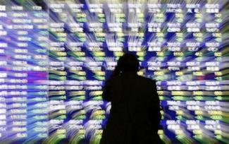 深まる日本株の調整、日経平均1万円回復には日銀追加緩和が条件か